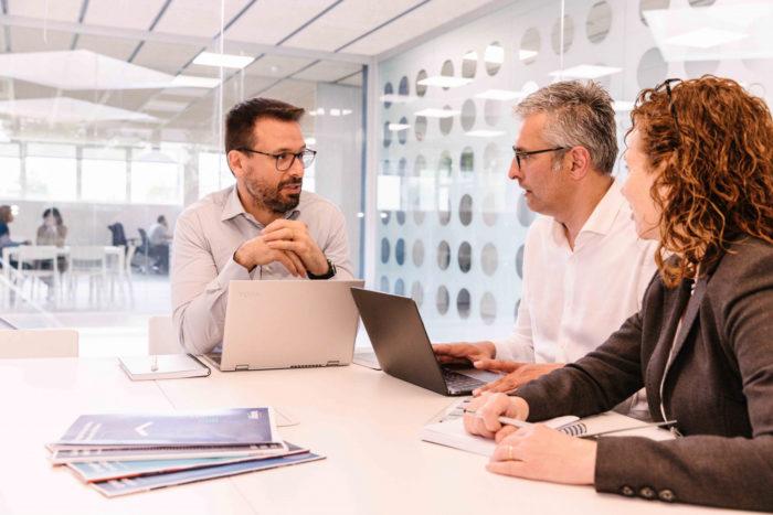 En un proyecto cloud es necesario contar con un proveedor que entienda tus necesidades y te ofrezca infraestructuras virtuales a tu medida.